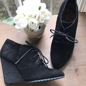 Sam Edelman Black Lace Up Booties